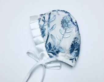 Newborn baby bonnet. Eyelet Bonnet.Bonnet with Brim.Embroidered Bonnet.