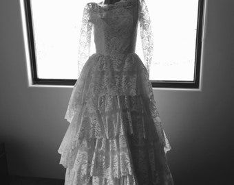 1950s vintage ivory lace wedding dress small rockabilly pin up MCM