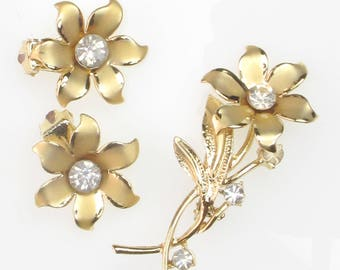 3 Piece Brooch and Clip-On Earring Set Gold Tone Clear Rhinestones Flowers Mid-Century Modern Demi-Parure