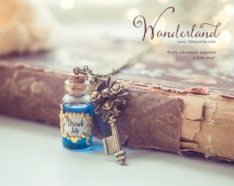 Alice in wonderland jewelry, drink me necklace, fairytale jewelry, Alice necklace, drink me bottle, potion necklace, gift for women