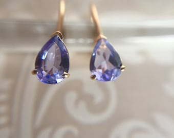 IOLITE 10K gold Violet Blue Pear Shape Lever Back Earrings