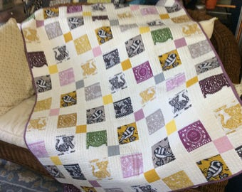 CincoDeMayoQuiltVioletGoldPewter46inchx59inch