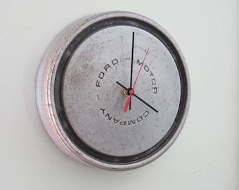 1982 Ford Truck Hubcap Clock No. 2522