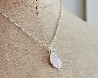Fine Silver Teardrop Pendant with Leaf Pattern, eco silver pendant, gift for her, gift for nature lover, eco friendly pendant