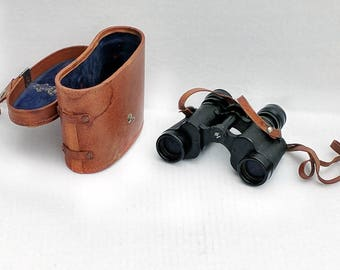 Sans and Streiffe Tasco Imperial Guardsman Hunting Field Binoculars 8 x 30mm Field of View 395 Feet at 1000 Yards Made in Japan Leather Case
