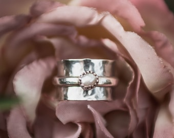 Silver and Pearl Spinner Ring