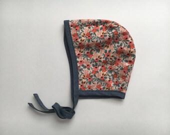 Baby Bonnet // Reversible Bonnet // Handmade Bonnet // Fall Bonnet // Les Fleurs Rosa Peach // Rifle Paper co Fabric Bonnet // Baby Hat
