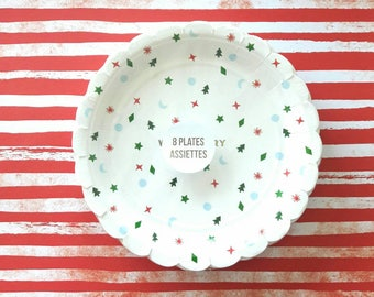 Christmas Party Decoration. Christmas Party. Meri Meri. Meri Meri Plates. Christmas Plates. Christmas Decor. Very Merry