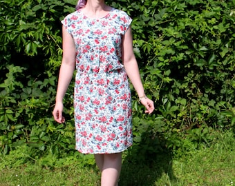 Cute flower summer dress - Size M