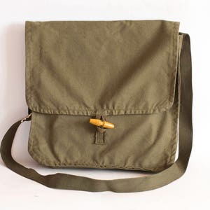 Vintage Military Bag Khaki Cotton Canvas Messenger School Cross body Bag, Unisex Travel Bag in Army Green, Army Surplus