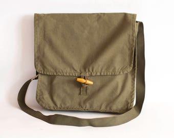 Vintage Military Bag Khaki Cotton Canvas Messenger School Cross body Bag, Unisex Travel Bag in Army Green, Army Surplus
