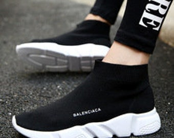 Popular young women boots fashion breathable spring and summer Brand Sneaker Comfortable light casual shoes
