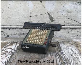 Vintage Calculator Antique Calculator Metal Winding Calculator with Feet - Portable Calculator - Industrial Decor - Wind Up Calculator