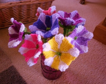 Knitted Petunia Flowers