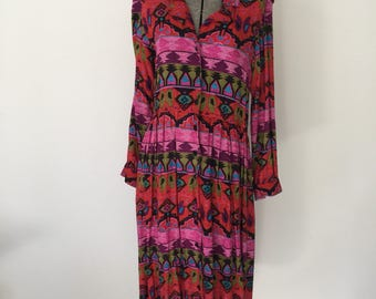 Vintage TRIBAL PRINT Dress • 1990s Clothing •Oversized Button Up Tribal Print Grunge Shirt Medium Large Size 10 12 Midi Length Long Sleeve