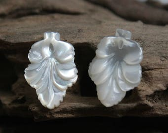 10pcs/lot --White Shell Leaf Charm 13x19mm,mother of pearl MOP floral pendant -#13192085