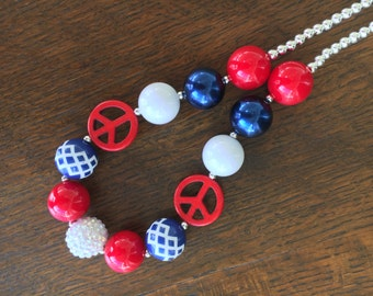Red, White and Blue Peace Sign Bubblegum Chunky Necklace