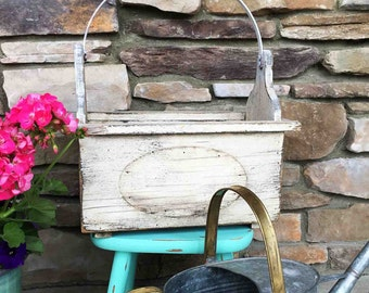 Wooden Flower Box  / Large White Tote / Country Garden / White Distressed /  Garden Tote Box / Rustic Tote / Patio Planter / Porch Planter