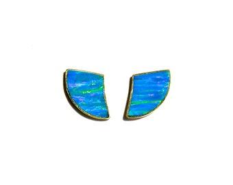 18k Yellow Gold Blue Iridescent Opal Horn Earrings/Studs.