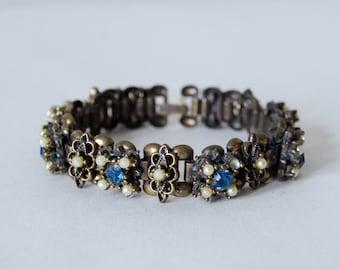 1930s vintage bracelet / romantic brass book chain bracelet