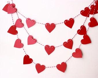 Valentines Day Decor, Valentine Garland, Valentine Banner, Heart Banner, Valentine Photo Prop, Paper Heart Garland, Red Heart Garland, Prop