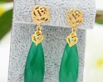 Inspirational Womens Gift Green Crystal Dangle Earrings Green Crystal Earrings Emerald Earrings Emerald Drop Earrings Long Green Earrings