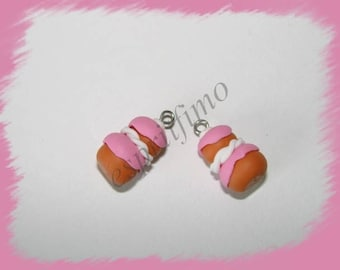 "Charm ""nun Strawberry"" Fimo"