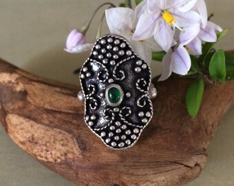 Tribal sterling and green stone ring size 6.5