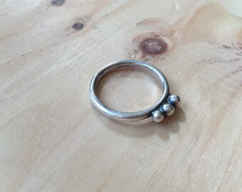 Stacking Ring Band with Three Casting Grains, Sterling Silver, Triple, Simple, Oxidized, Black, Stacking, Balls