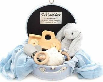 Engraved Baby Vintage Case, Baby Shower, Personalised Baby Keepsake Gift, Vintage Suitcase, Newborn gift, Baby Keepsake Case, Monogram