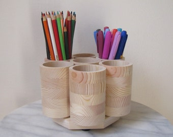 STUDIO Rotating Colored Pencil Holder Organizer, Wooden Colored Pencil Marker Storage Carousel, Holds 200 Colored Pencils, Gel Pens, Markers