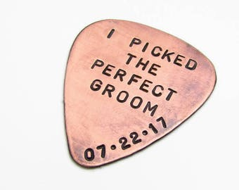 Mens Personalized Groom Gift - Personalized Guitar Pick with Leather Key Chain Holder - Hand Stamped Guitar Pick - Wedding Gift for Him