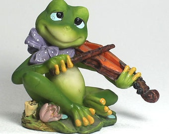 Frog Playing a Violin, Collectible Frog Figurine