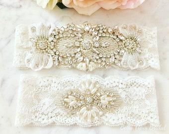 Vintage Wedding Garter, Rhinestone Garter, Wedding Gift, Bridal Garter Belt, Lace Wedding Garter, Pearl Garter, Wedding Keepsake Garter