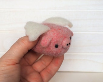 Flying Pig Plush Miniature Flying Pig Soft Sculpture Pig Needle Felted Pig with wings