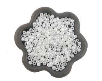 20grs white 2mm seed beads (55)