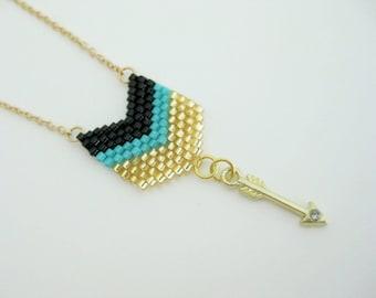 Arrow Pendant / Peyote Pendant / Chevron Pendant / Seed Bead Pendant in Black, Gold and Turquoise / Petite Necklace / Arrow Necklace