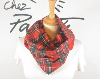 English Red Snood scarf