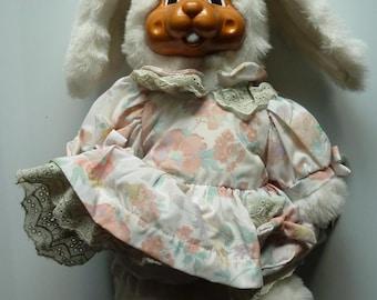 Robert Raikes Buttercup Rabbit