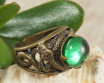 Ring Snakes no.2, green glass (#6807)