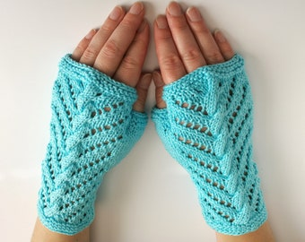 Fingerless gloves, half mitts, cotton. Vegan. Light blue arm warmers, texting gloves