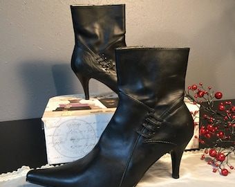 Black leather Ankle Boots 8 1/2 Pointy Toe Boots Designer Leather Boot ReFabulousReVamped ReFabulous