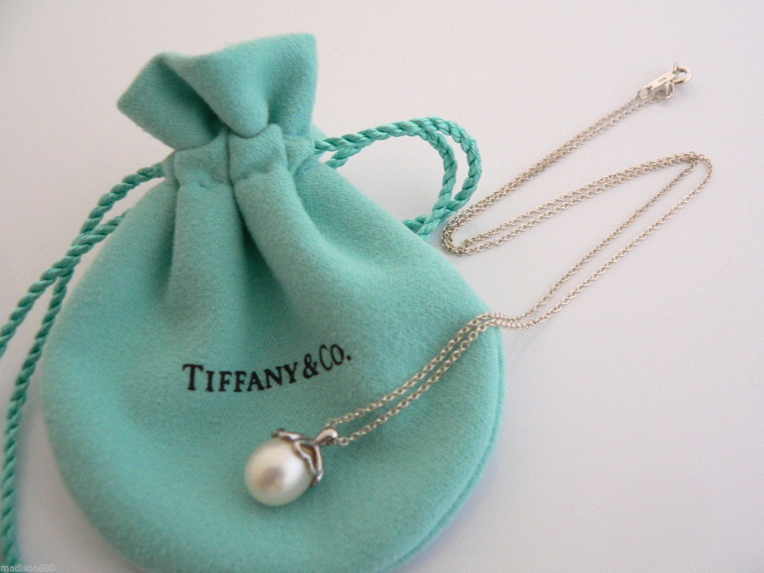 Tiffany co sterling silver heart cap pearl necklace pendant zoom audiocablefo