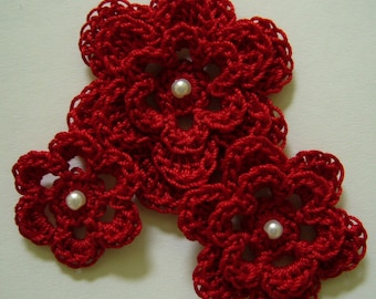 Crocheted Flowers - Victory Red With a Pearl - Cotton