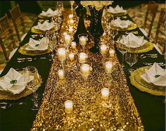 Georgeous Gold glitz Runner table. Perfect for Wedding, Event and Al kind of Occasion!