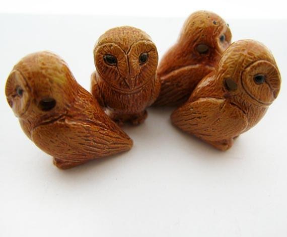 4 Large Owl Beads - Tan