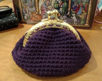Crochet Coin Purse with Kiss Clasp