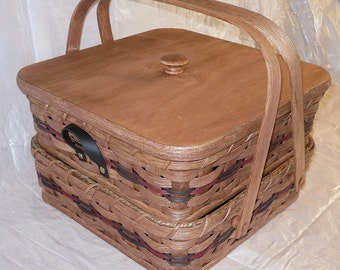 Handcrafted Square Separate Double Pie Basket