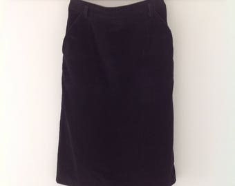 Vintage skirt, black skirt, corduroy skirt, 80's clothing, pencil skirt, women's skirt, office, 80's skirt, ladies black skirt, cord skirt