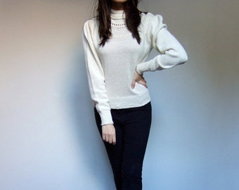 Ivory Knit Sweater Fall Winter Jumper 1980s Casual Simple Sweater - Medium Large M / L